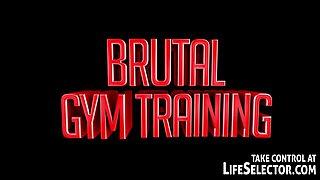 Brutal gym training - LifeSelector