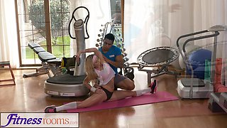Fitness Rooms Flexible blonde babe fucked every way before creampie