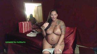 Pregnant Hotie