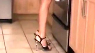 milf fuck in the kitchen