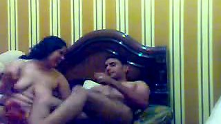 Friend from Saudi Arabia makes love with his BBC Arab wife