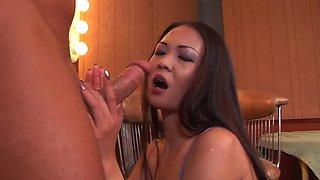 Throat fucked Asian girl Nyomi Zen gags on his dick