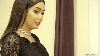 Hiring a new busty secretary Aaliyah Hadid was a great move