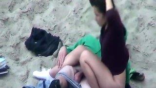 Teen couple fucking in beach