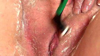 shaving pussy mature milf big tits closeup
