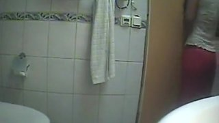 Hot Cousion Filmed In Toilet
