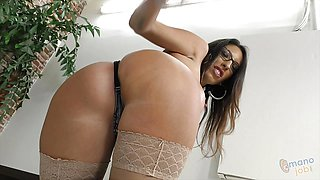 Dava Foxx talking dirty while wanking dick