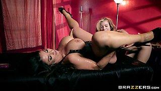 Raven Hart seduces petite chick Arya Fae for a lesbian BDSM game