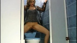 A female fucked in a public toilet pt1-More On HDMilfCam com