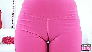 Amazing Body Teen BIG ASS Yoga Pants CAMELTOE Gaping Pussy