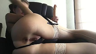 Hot anal toying amateur