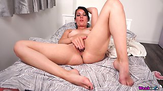 Quite leggy all alone MILF Jasmine Lau is eager to play with her big clit