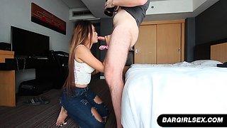 Filipina Bargirl Ja Gives A Hotel Room Blowjob