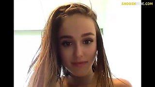 Blonde amateur babe webcam sex machine