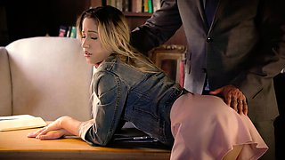 TUSHY First Anal For College Student Goldie