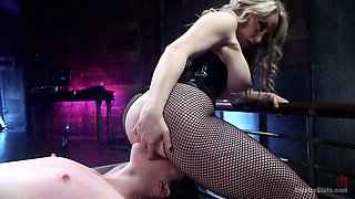 Aggressive mistress Aiden Starr sits on face of brunette sex slave