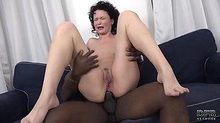Curly Mommy Gets Big Black Cock - Joachim Kessef