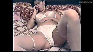 Irina Golubtsova takes off her panties)