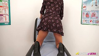 Torrid brunette Bonnie goes solo and she slowly tickles her own twat