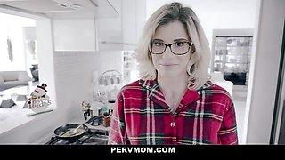Sexy Step Mom Sucks Me Off For The Holidays POV