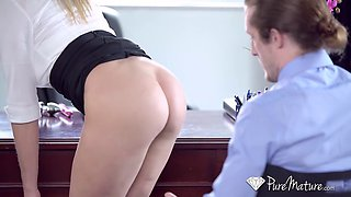 Kinky secretary gets fuck in the ass