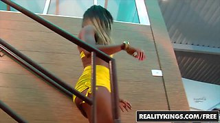 RealityKings - Mike in Brazil - Cris Lira Tony Tigrao - Pole Action