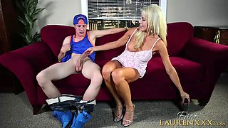 Guy gets lucky with naughty skillful cougar Erica Lauren