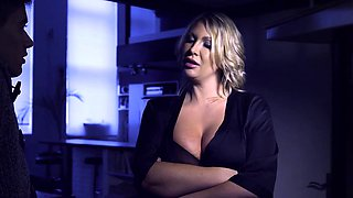 Brazzers - Mommy Got Boobs - Leigh Darby Jord