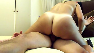 My wife rides on the cock until I finish inside her pussy