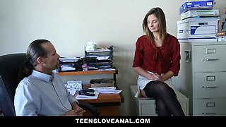 Lovely Secretary Ass Fucked By her Boss