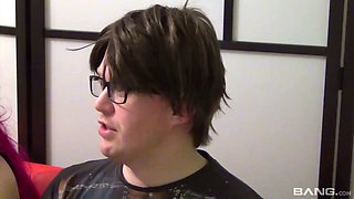 Too voracious for sperm Faye Rowlands provides nerd with a good blowjob