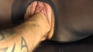 German Milf Fisted and Squrting