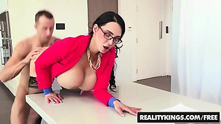 RealityKings - CFNM Secret - Amy Anderssen Ch