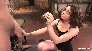 hot mistress has amazing sex with a servant