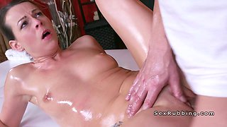 Euro Milf squirting on her masseur
