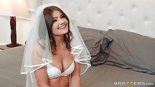 Dick slamming the sexy brunette bride