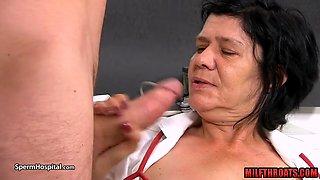 Hot mature handjob with cumshot