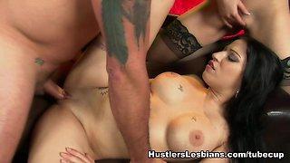 Daisy Cruz &  Jazy Berlin &  Anjanette Astoria &  Kiara Mia in America's Favorite Commercials Gone Porn