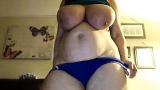 Mature bbw very huge tits