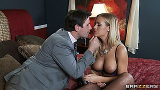 Kinky shy boss pleases his incredibly sexy blond secretary with stout cunnilingus