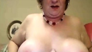 Big Mature clit and boobs