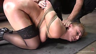 skylar snow is trained in obedience