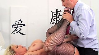 Sex Siren Ryan Conner Gets Her Anus Poked By Boss