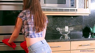 Stunning young housewife Elektra Rose is fucked in the kitchen