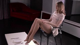 Maria In Pantyhose