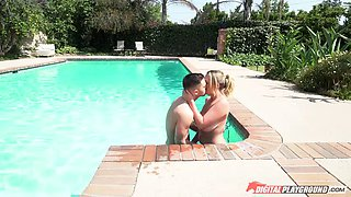Buxom Brooke seduces annoying boyfriend's best friend