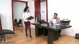 Lusty secretary Leanna Sweet fucks her boss in the office