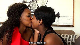 Beautiful Curvy Ebony Lesbians Incredible Oral Orgasm