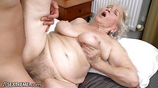 Frisky Big Dick Stud Takes Granny To Pleasuretown