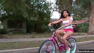 Selena Rios may have woken up with a virgin pussy